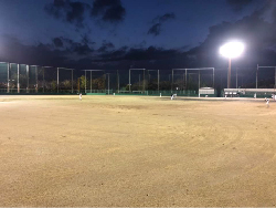 鶴見を拠点とした硬式野球チーム練習風景